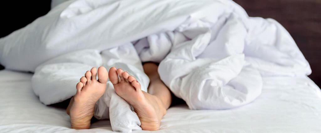 Как се лекува синдромът на неспокойните крака